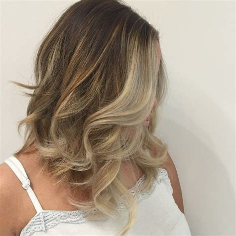where to apply face framing highlights on short hair layered long bob quot lob quot with high contrast face frame