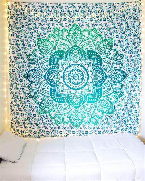 tapestry for bedroom 25 best ideas about tapestry bedroom on pinterest college dorm lights string