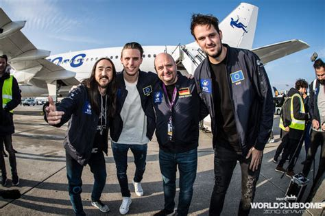 steve aoki zero gravity the world s first zero gravity rave accomplished video