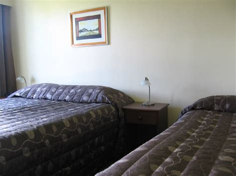 2 bedroom hamilton classic motel hamilton accommodation two bedroom