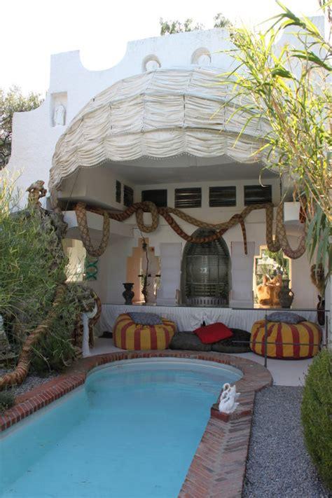 port lligat maison de salvador dali la piscine the swimming pool photo christian