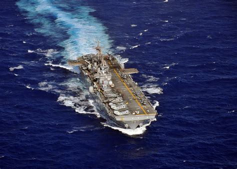 flagship history united 000726870x file us navy 110308 n zs026 518 the hibious assault ship uss boxer lhd 4 flagship of the