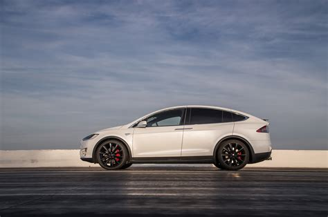 Teslas Model X 2016 Tesla Model X P90d Ludicrous Test Review