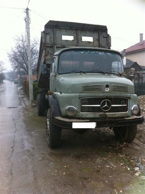 for sale three sided tipper truck mercedes 911