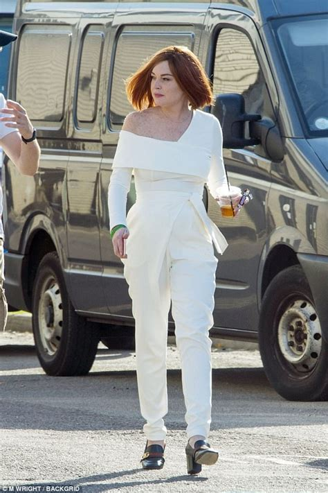 Lindsay Lohans Are Just A Button Away by Lindsay Lohan Is Unrecognisable As She Debuts Bob Haircut