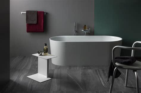 badewanne keramik val wellness by laufen val bathtub freestanding