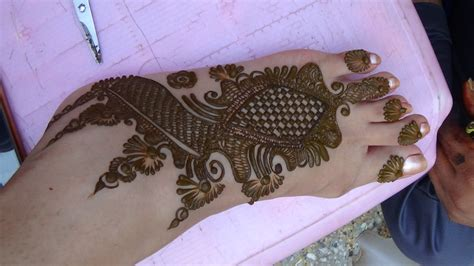 Beautiful Mehendi Design For Foot By Mehndiartistica Best