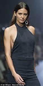 jesinta cbell s zipper opens on the melbourne fashion