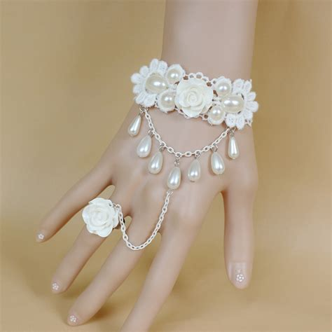 15 Adorable And Stylish In Inspired Jewelry by Sweet Beautiful White Pearls Lace Bridal Chain High