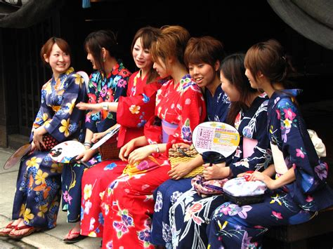 2006 08 18 Picaxis246 21 30 22 Flickr by קובץ In Kimonos Jpg ויקיפדיה