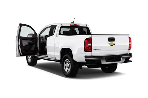 2016 chevy colorado pick up 2016 chevrolet colorado reviews and rating motor trend