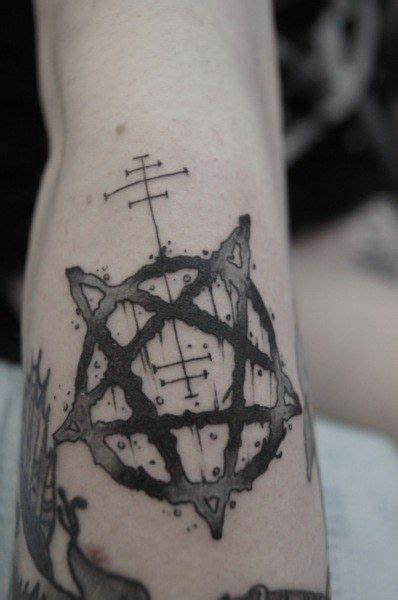 5 point tattoo pentagram on arm beautiful tattoos