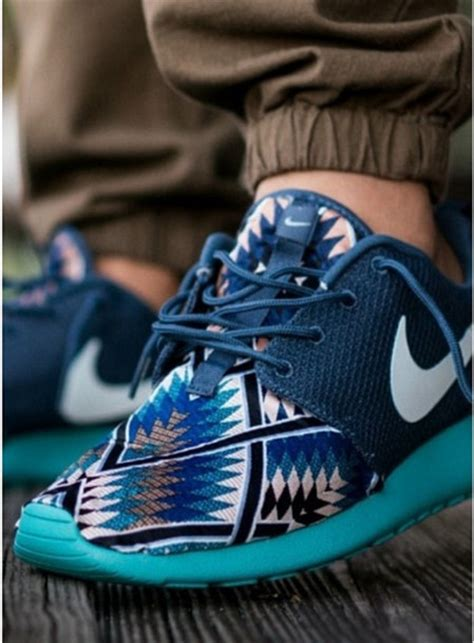 Tribal Pattern Nike Free Runs | shoes nike nike free run blue patterns aztec run