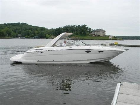 regal boats lake of the ozarks 2011 regal 3350 33 foot 2011 regal motor boat in lake