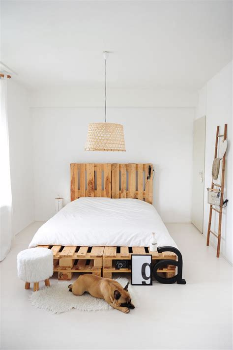 Pallet Bed Frame by Top 62 Recycled Pallet Bed Frames Diy Pallet Collection