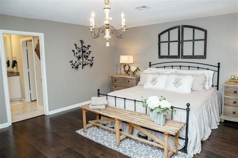 fixer upper top 10 fixer upper bedrooms restoration redoux