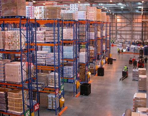 Rak Warehouse distribution center