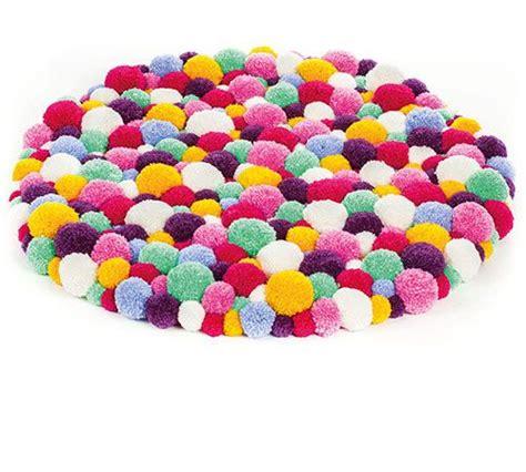 teppich selber machen pompon teppich selber machen anleitung kinderzimmer