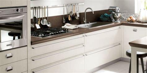 maniglie cucine nuove cucine con maniglia protagonista cose di casa