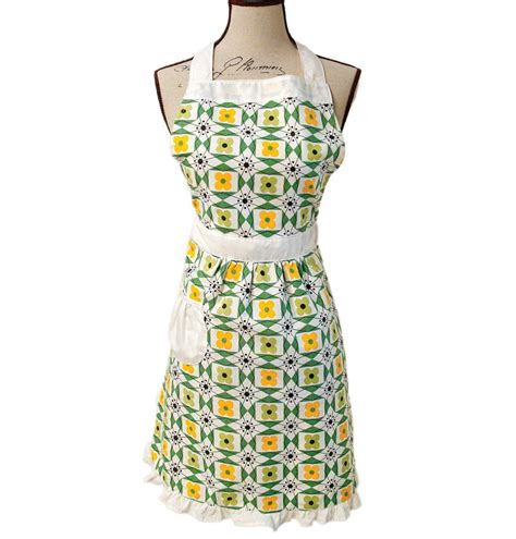 bake off apron fashion designer a taste of general mills 1950s style floral apron by i love retro