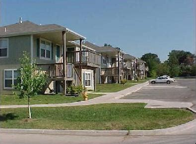 one bedroom apartments lawrence ks one bedroom apartments one bedroom apartments lawrence ks jonlou home