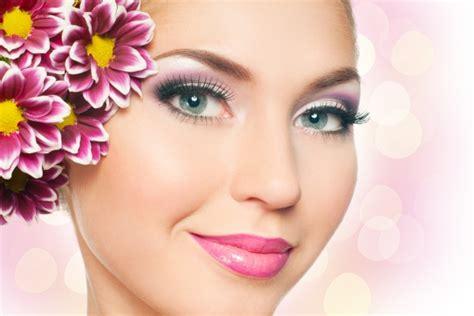 Make Up Za ljetne boje za make up savjetnica