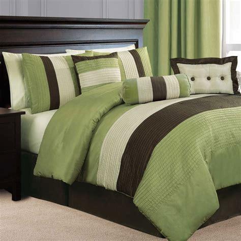 brown queen comforter 25 best ideas about brown comforter on pinterest brown