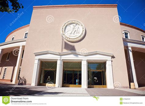 santa fe new mexico state capitol stock photo santa fe state capitol building entrance stock image
