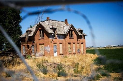 haunted houses in utah lone house benjamin utah ghost tours pinterest