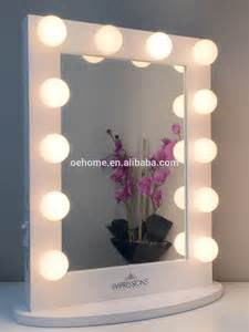 Lighted Vanity Mirror Table Top Coiffeuse Avec Lumineux Miroir Miroir De Maquillage Buy