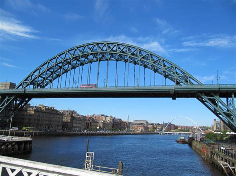 design engineer newcastle tyne bridge
