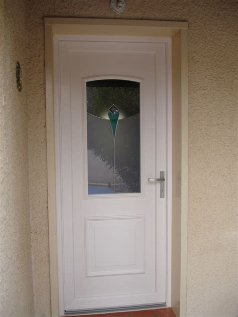 porta pvc porte entree pvc blanche mesdemos