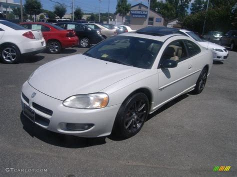 white dodge stratus 2002 satin white pearl dodge stratus r t coupe 32269043