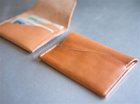How Do You Make A Wallet Out Of Paper - how to make a leather wallet primer
