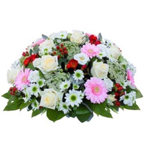 coussin de fleurs deuil coussins deuil parlons fleurs avec b 233 a