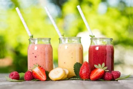 2 fruit smoothies smoothie of the week vers fruit smoothie follow fashion