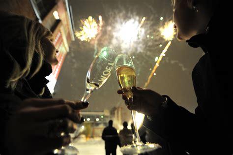 new year dinner speech megablast 2014 new year meraevents