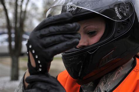 Motorrad Probefahrt Versicherung by Wer Haftet Bei Einem Unfall W 228 Hrend Der Probefahrt Das