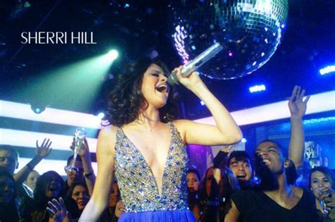 who is performing on new years selena gomez sherri hill