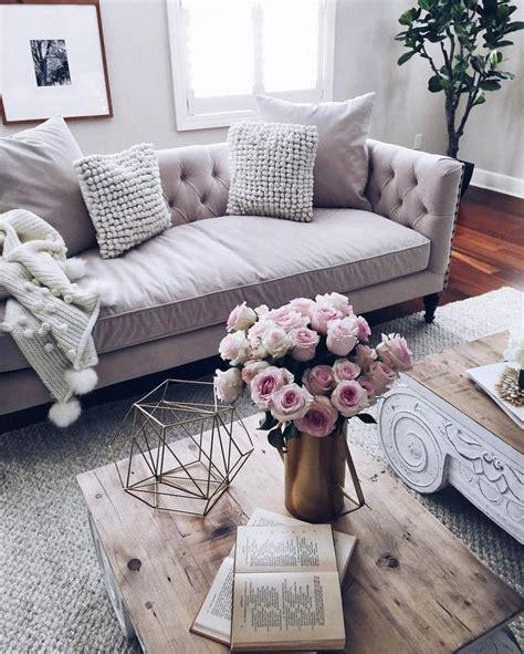 best 25 feminine living rooms ideas only on