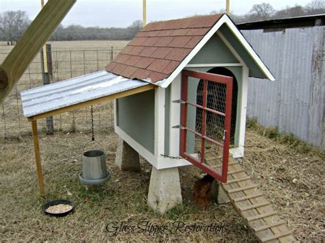 Chicken Coop Made From Dog House Outdoors Exteriors Etc Pinte
