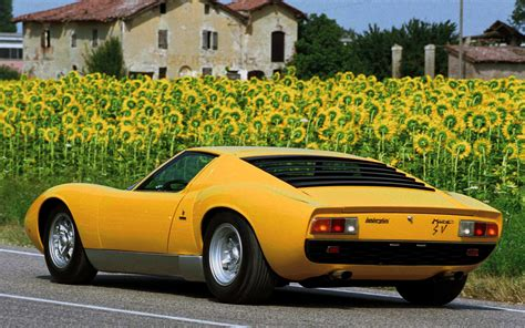 lamborghini classic beautiful classic lamborghini supercars wallpapers