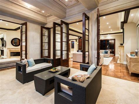 modern mediterranean interior design modern mediterranean home in beverly hills 6