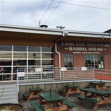 cascade barrel house cascade brewing barrel house 400 photos 574 reviews breweries central eastside