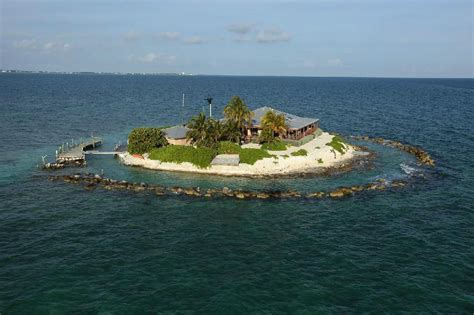 private beach house rentals florida private islands with awesome vacation rentals for every budget the world s greatest