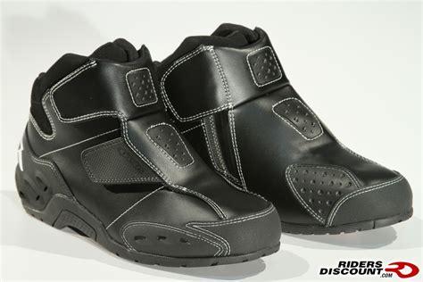 suzuki riding boots alpinestars octane riding shoes suzuki gsx r motorcycle