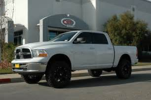 lift kit 2009 2012 ram 1500 2wd 7 quot cst performance