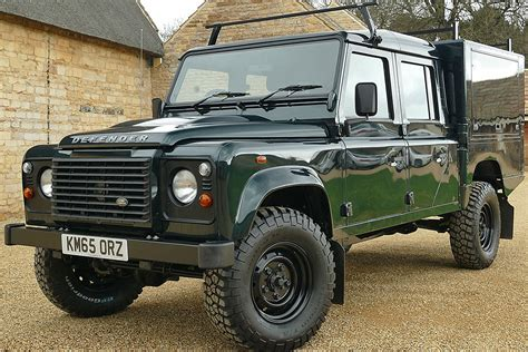 land rover 130 defender 130 camelbac with storage drawers
