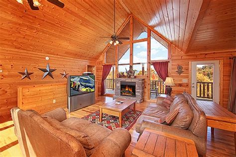 vrbo pigeon forge 4 bedroom pigeon forge vacation rental vrbo 365211ha 4 br east cabin in tn terrific views covered