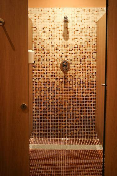 Formidable Salle De Bain Mosaique #4: mosaique-douche-emaux-marron-ezarri.jpg